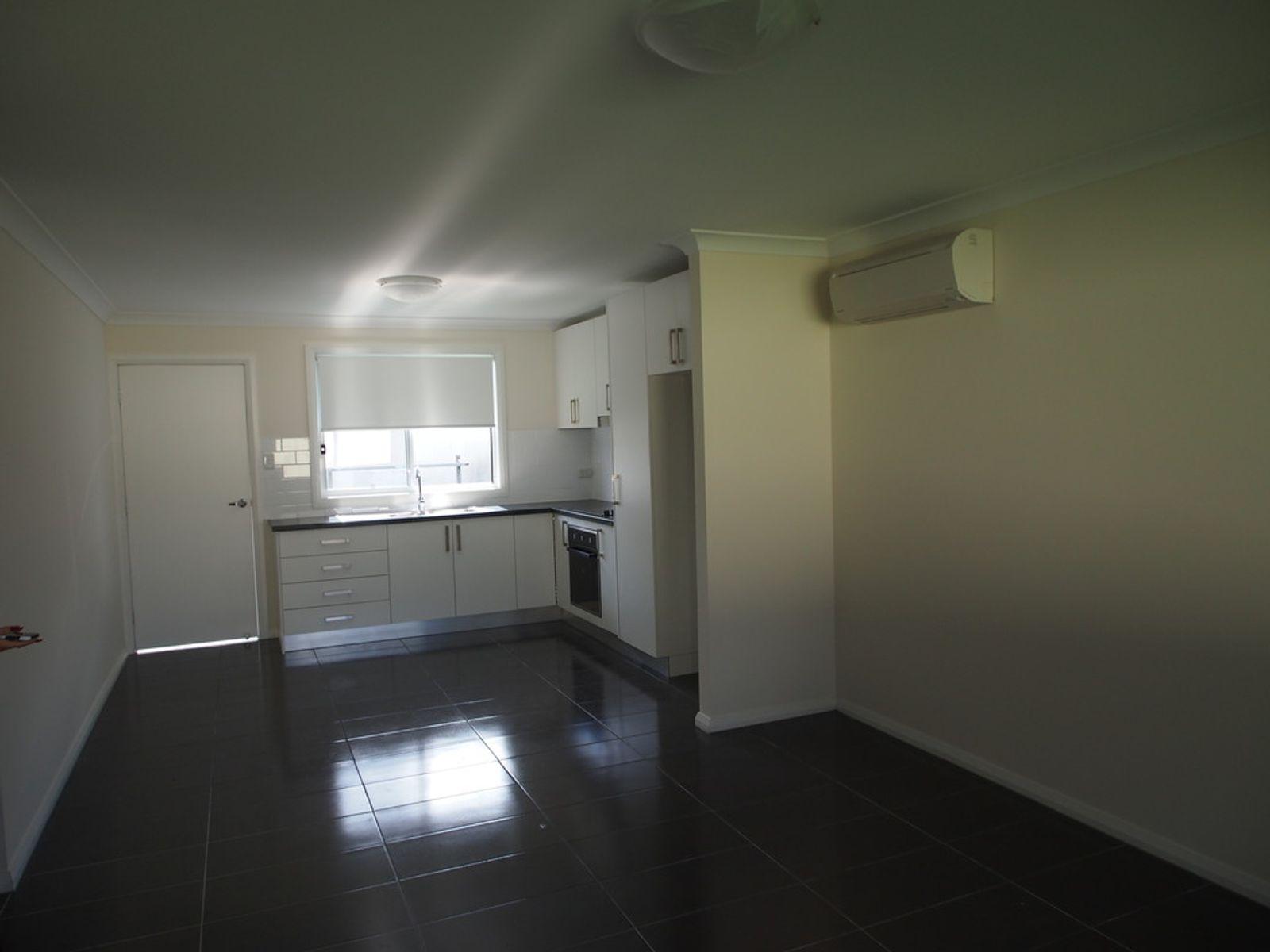13a Dunrossil Avenue, Casula, NSW 2170