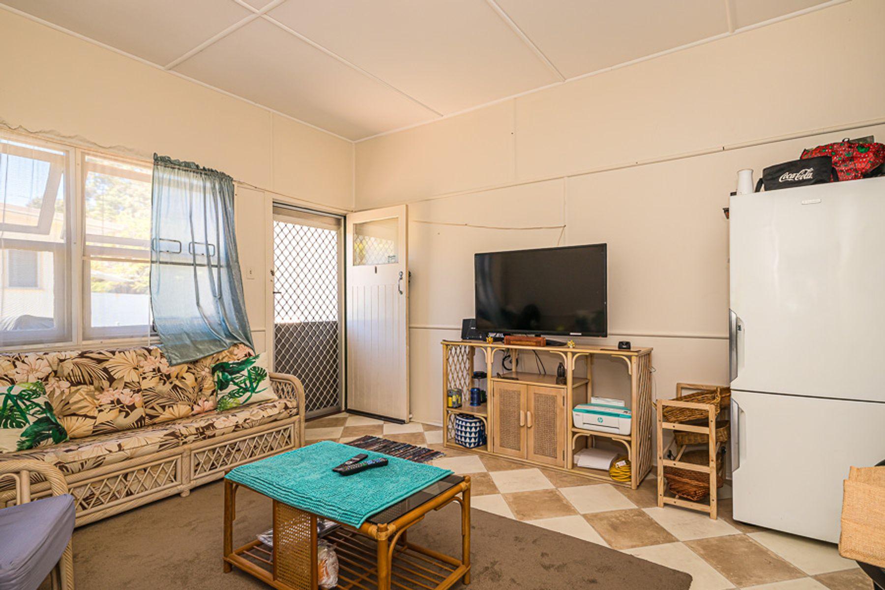 10 Sunshine Avenue, Woorim, QLD 4507