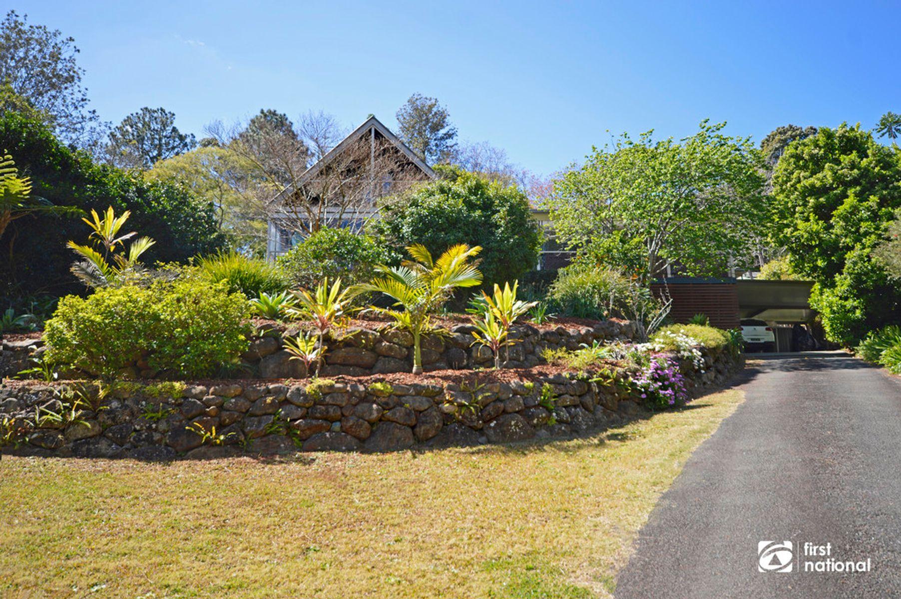 12 Meron Court, Tamborine Mountain, QLD 4272