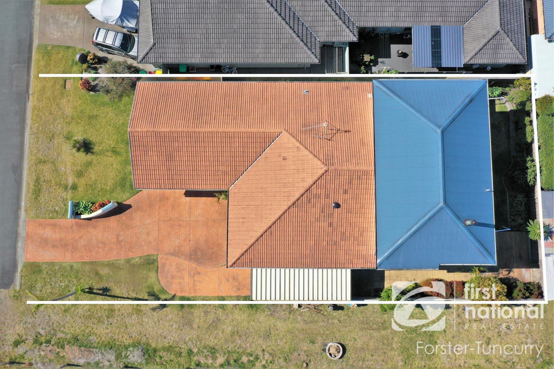 3 Viola Circuit, Tuncurry, NSW 2428