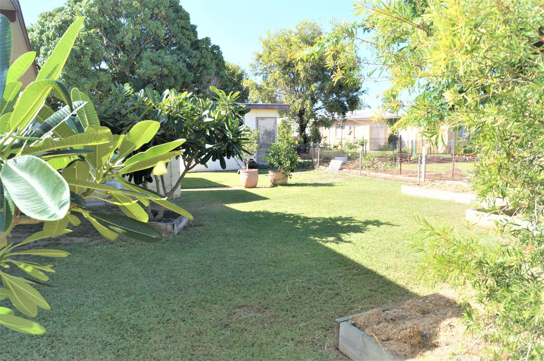 122 Menzies Street, Park Avenue, QLD 4701