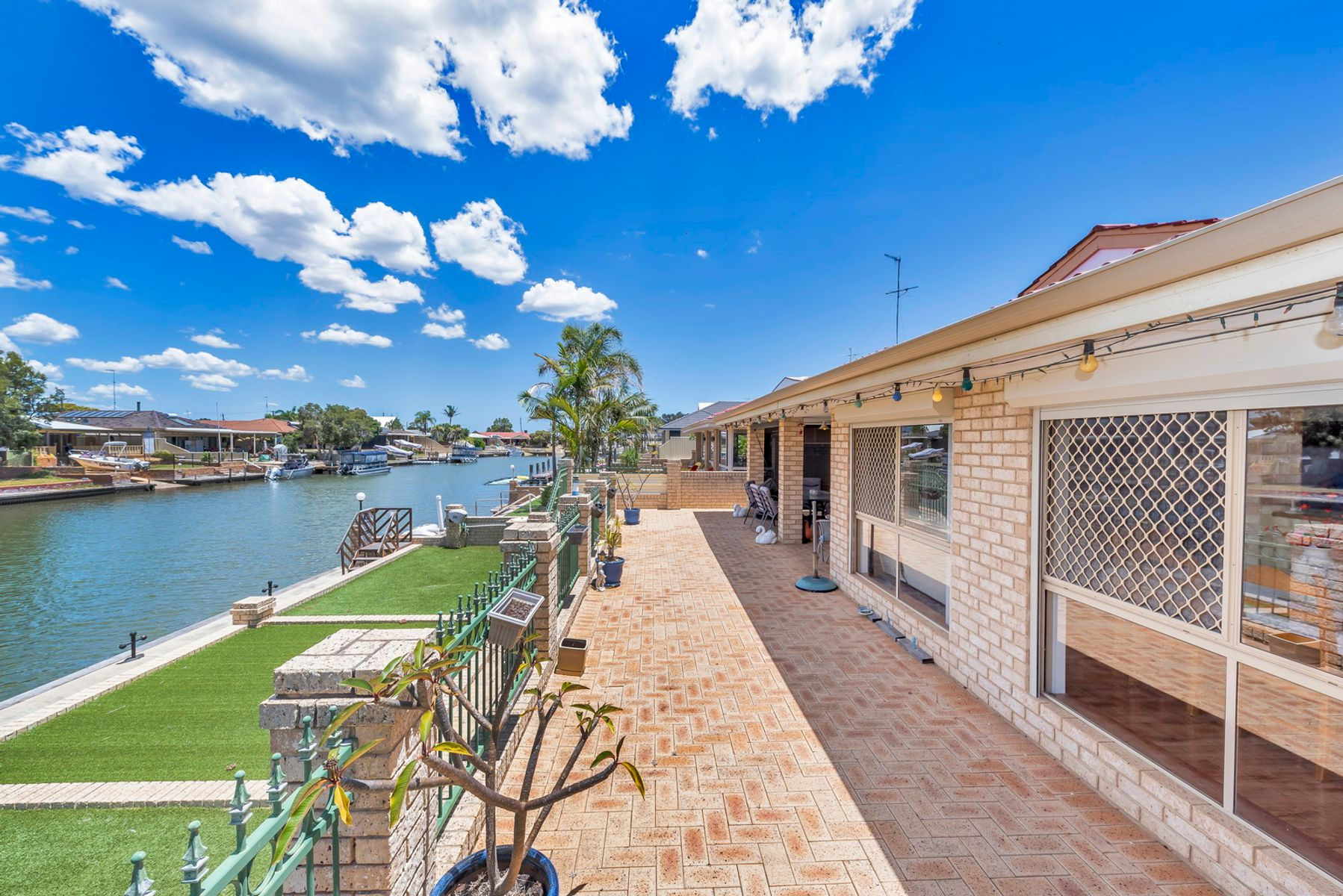 22 Tanderra Place, South Yunderup, WA 6208