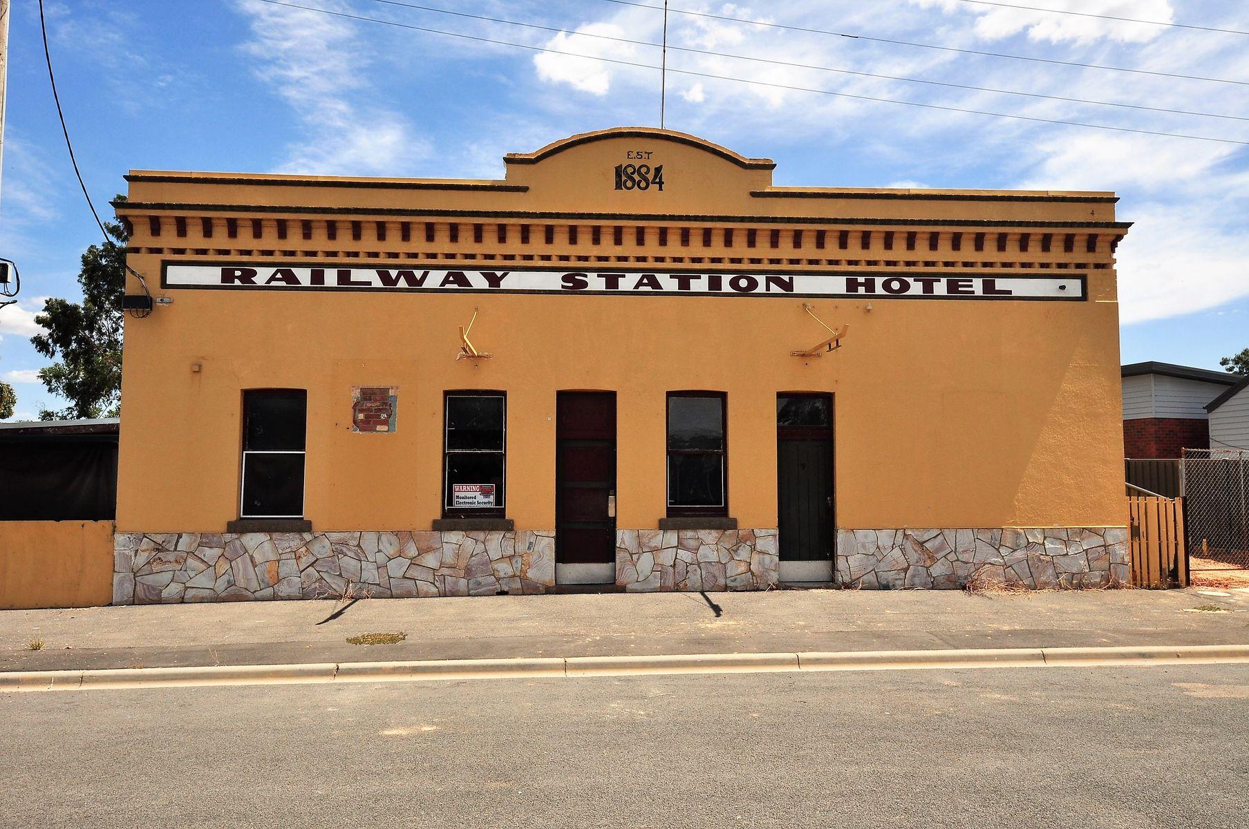 9 Hall Street, Eaglehawk, VIC 3556