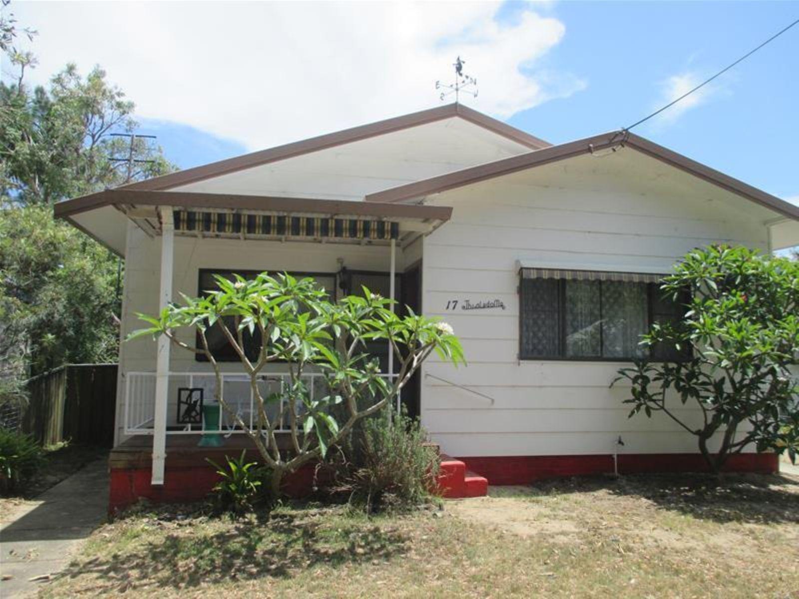 17 Jacaranda Avenue, Patonga, NSW 2256