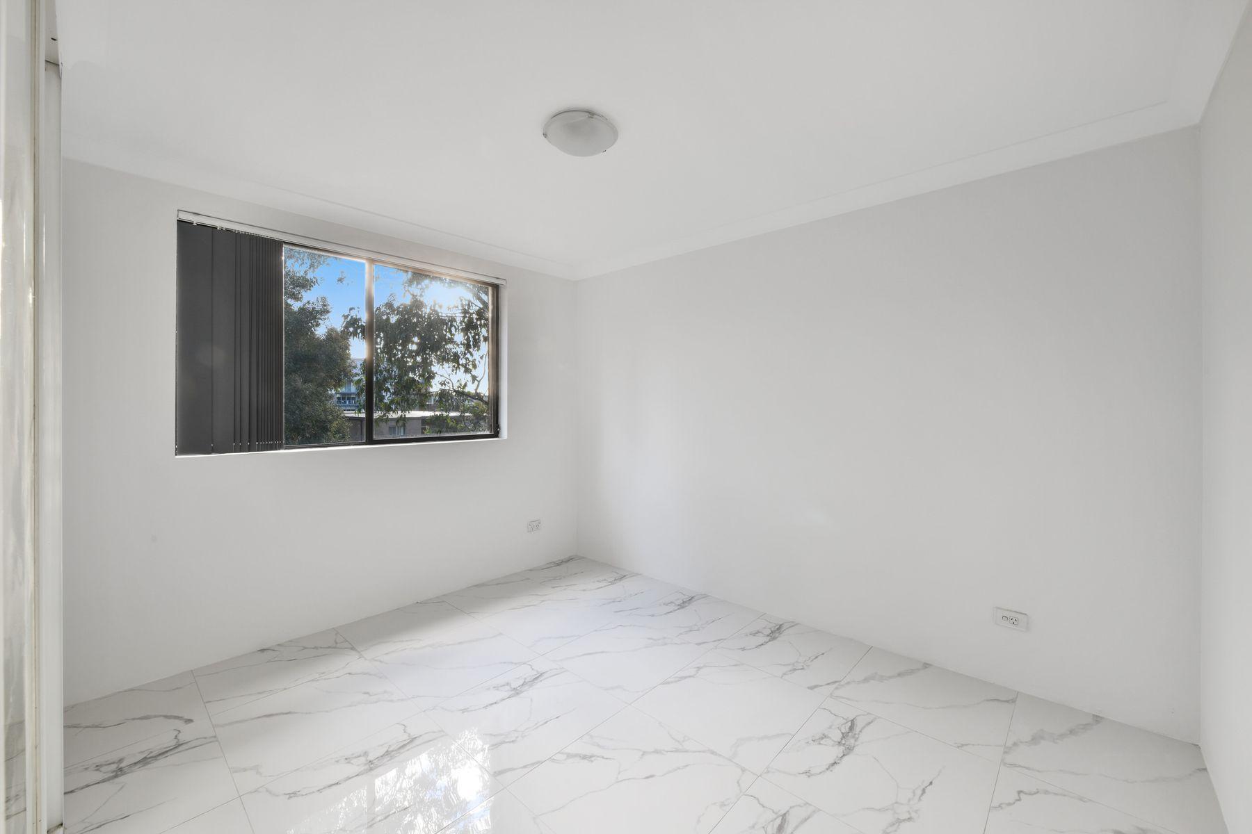 8/4-8 Burford Street, Merrylands, NSW 2160