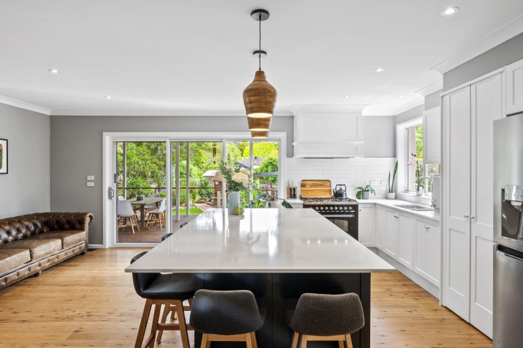 17 Bishop Avenue, West Pennant Hills, NSW 2125
