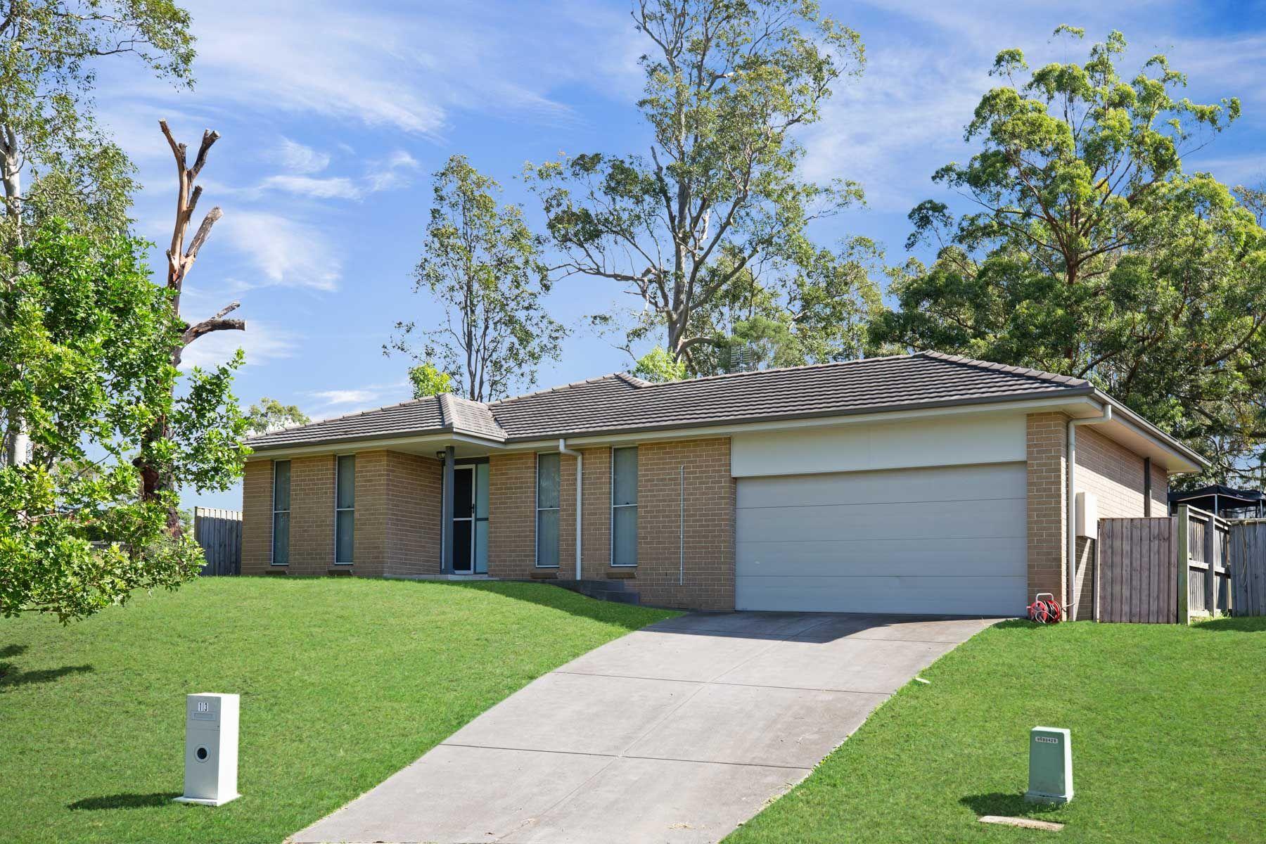 13 Honeysuckle Drive, Aberglasslyn, NSW 2320