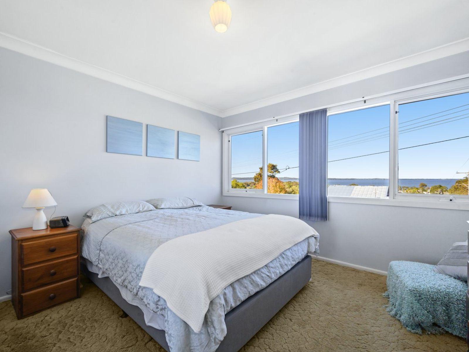 17 Leslie Avenue, Gorokan, NSW 2263