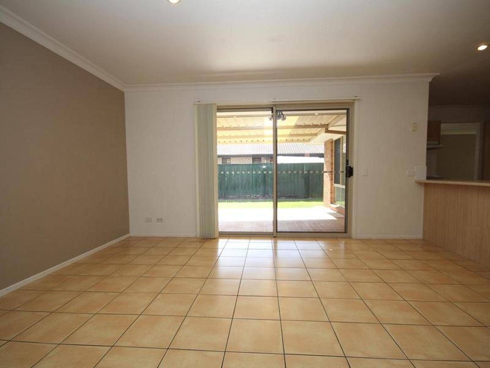 5 Coogan Lane, Springfield, QLD 4300