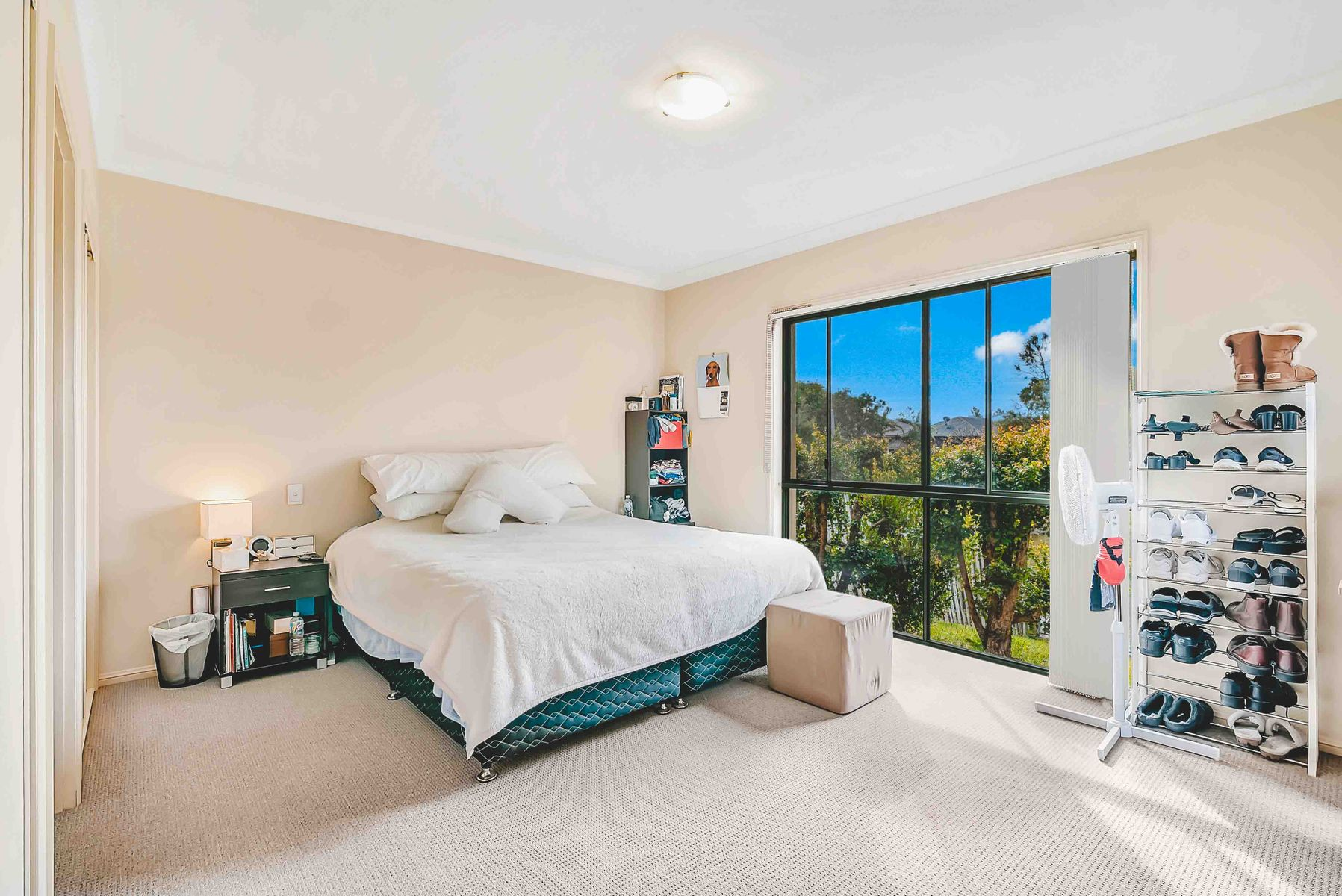 27 Gardendale Crescent, Burleigh Waters, QLD 4220