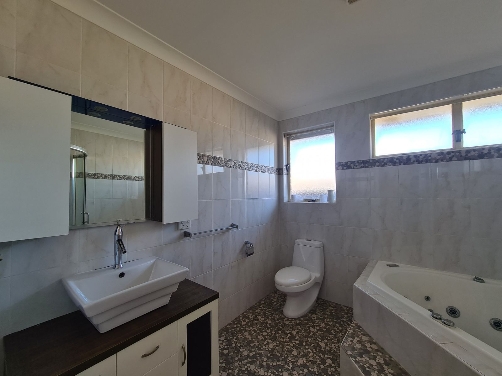 89 Kingsclare Street, Leumeah, NSW 2560