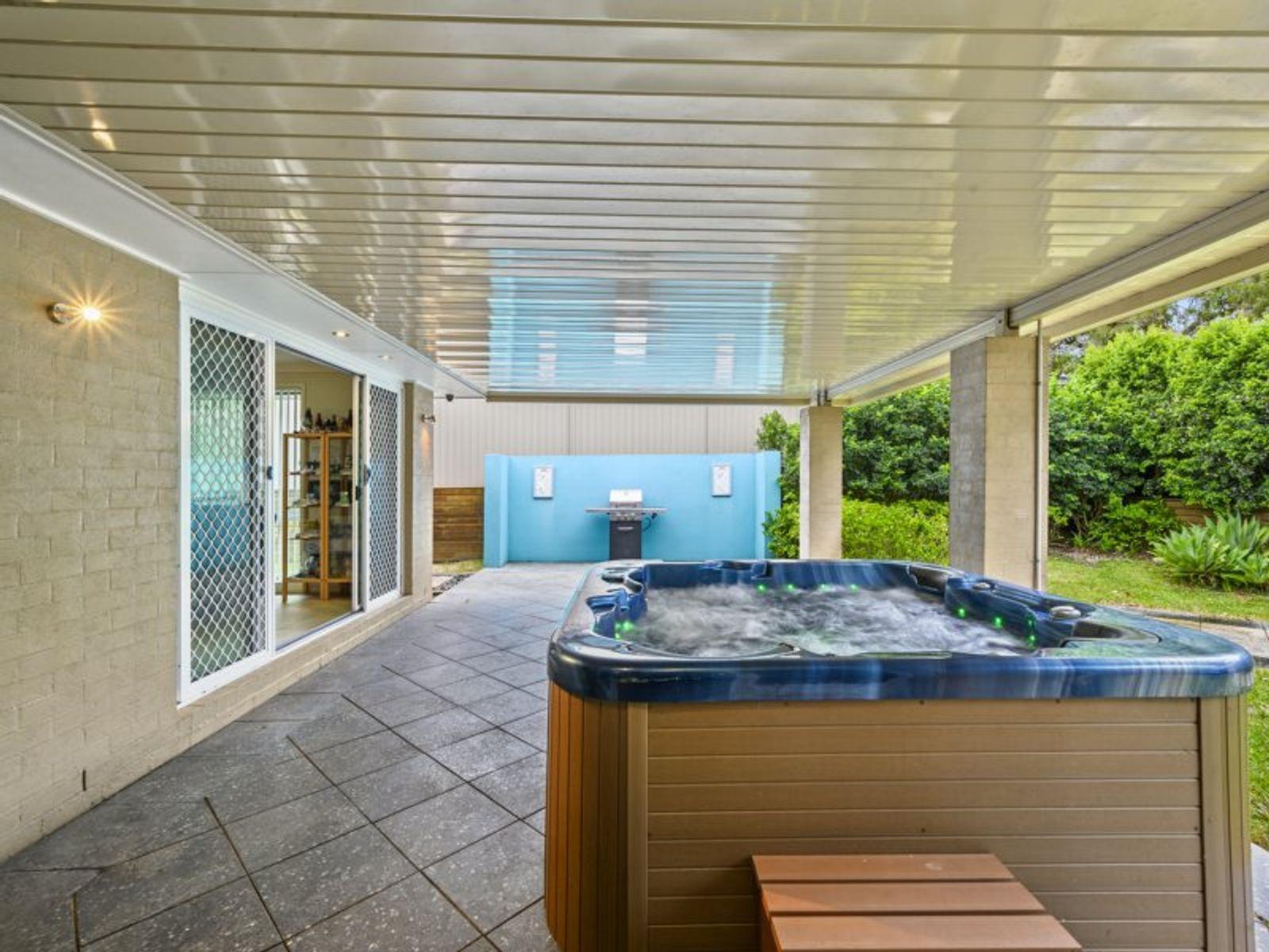 60 Stan Johnson Drive, Hamlyn Terrace, NSW 2259