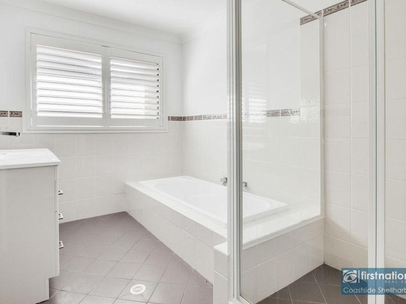 6 Yarle Crescent, Flinders, NSW 2529
