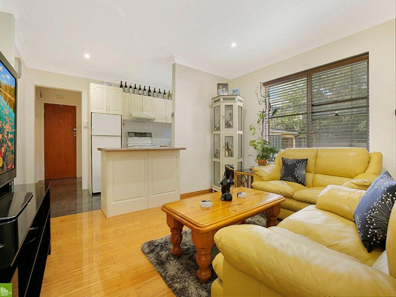 8/37 Edward Street, Wollongong, NSW 2500