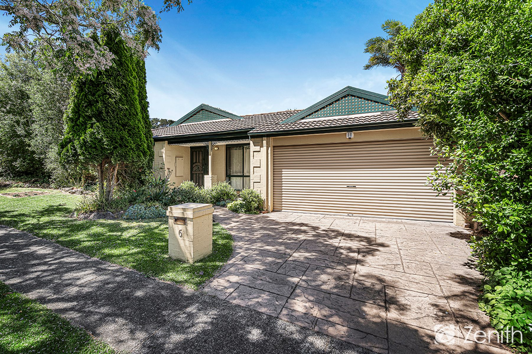 6 Jodie Place, Kilsyth South, VIC 3137