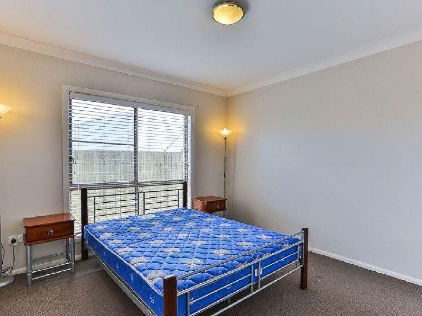 2/1 Nabiac Close, Kearneys Spring, QLD 4350