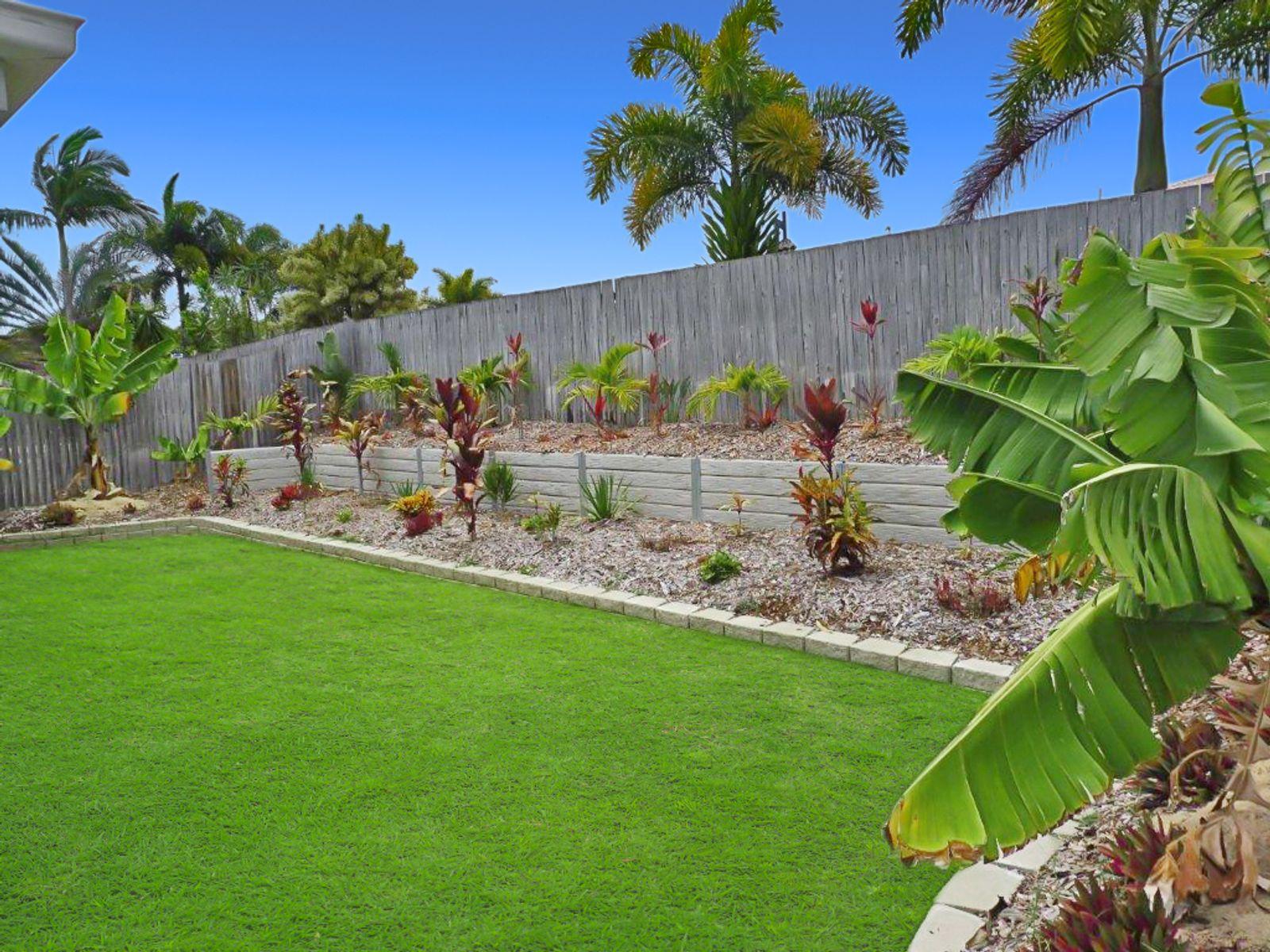 16 Helmsman Drive, Bucasia, QLD 4750