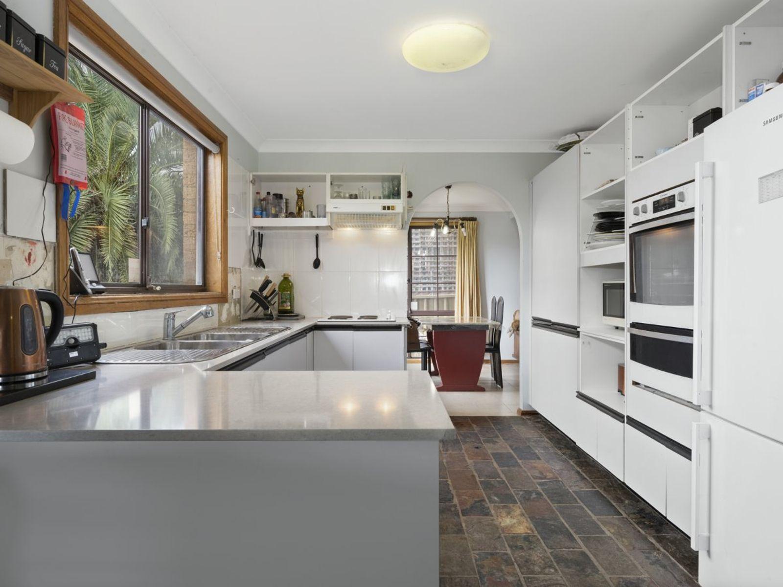 19 Ruby Street, Gorokan, NSW 2263