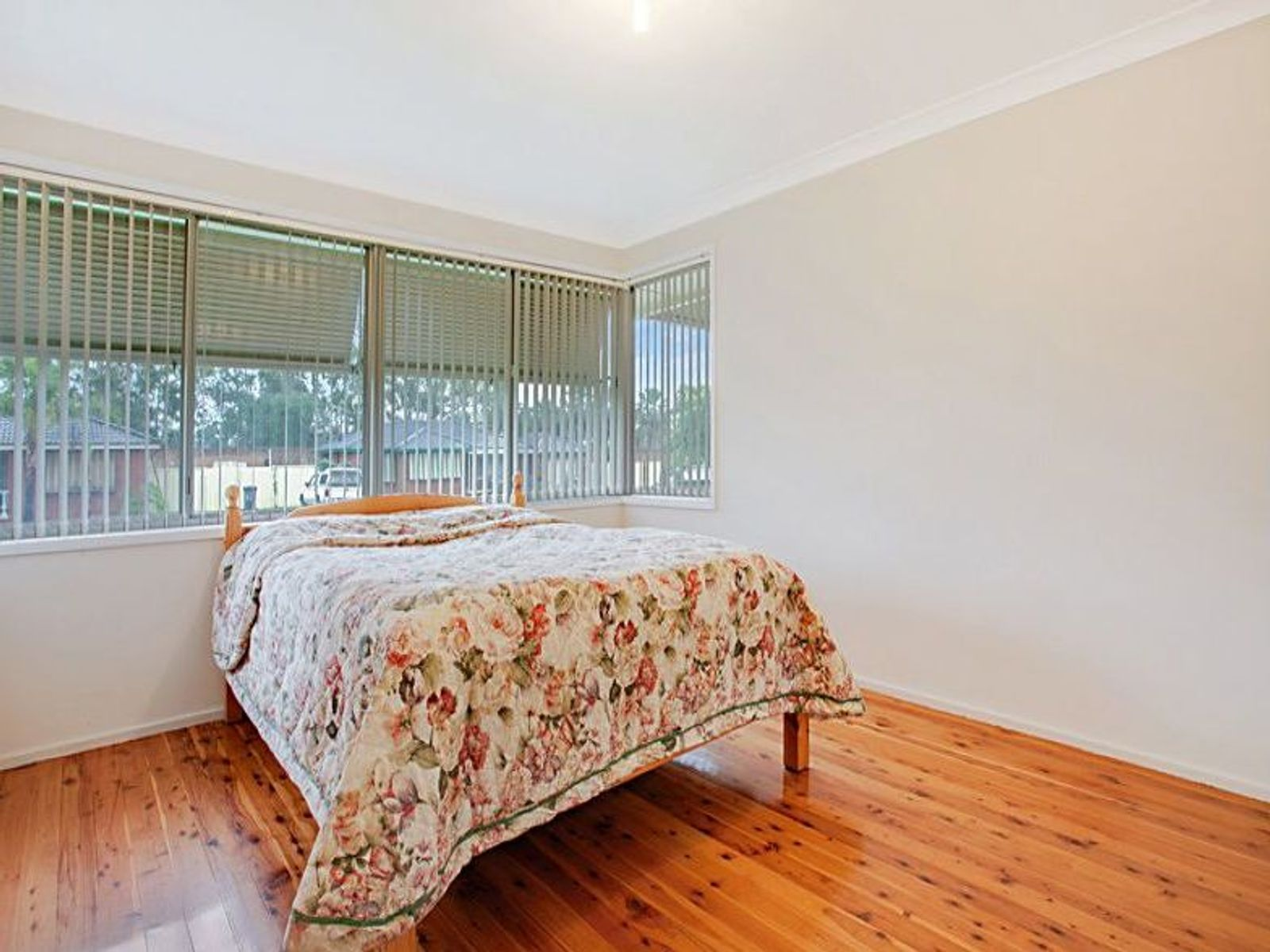6 Forbes Place, Leumeah, NSW 2560