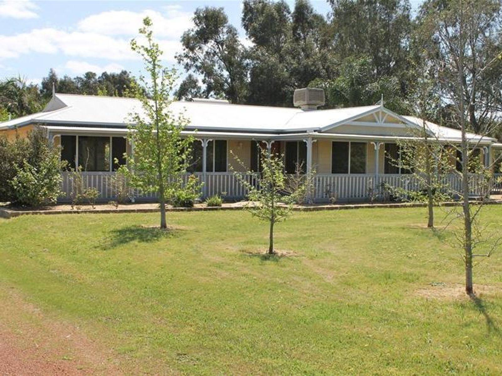 22 Coronation Road, Waroona, WA 6215