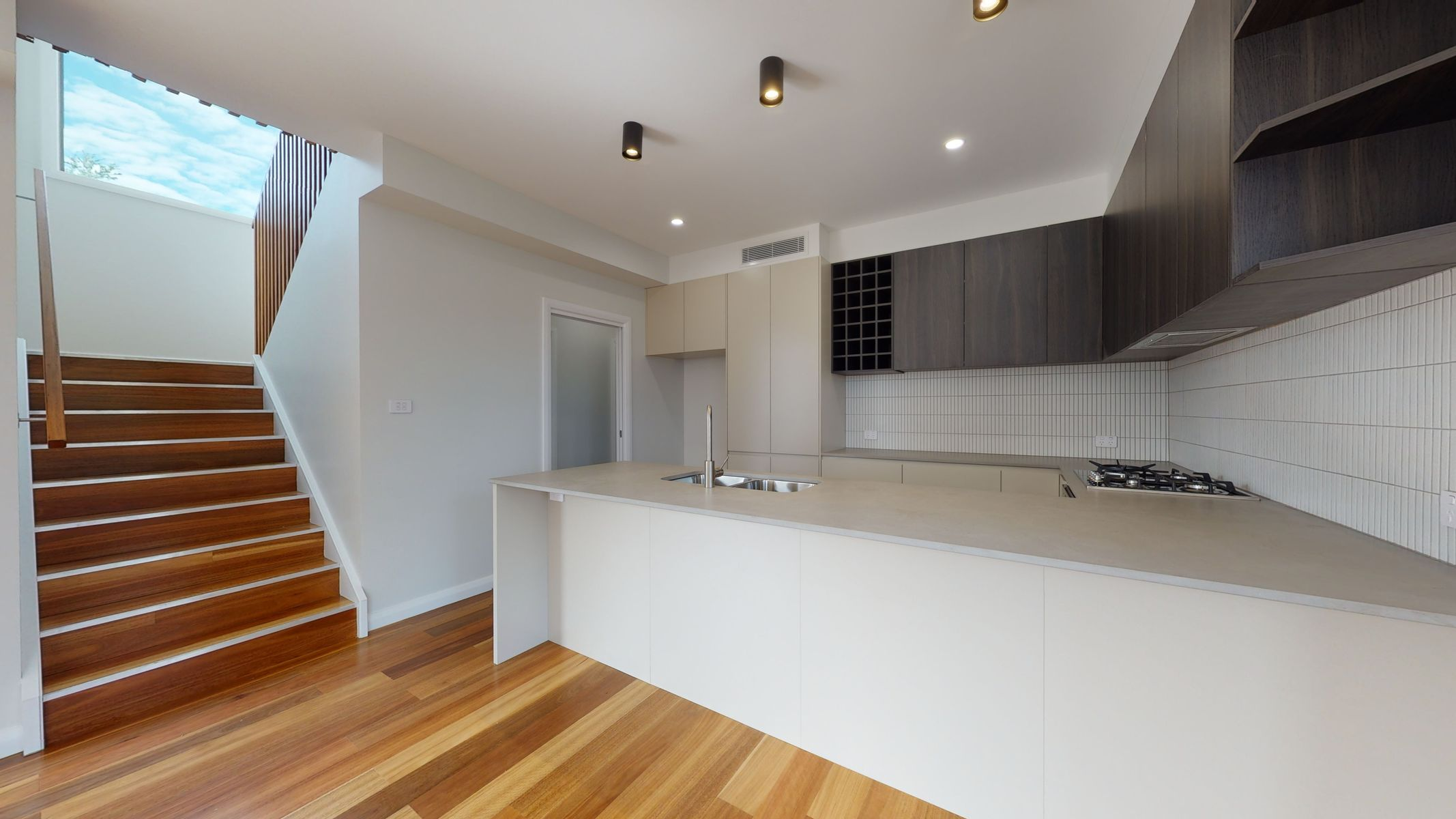 2/72a  Lachlan Road, Cardiff, NSW 2285