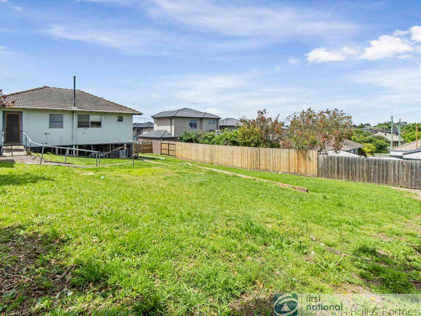 2 Magnolia Grove, Doveton, VIC 3177