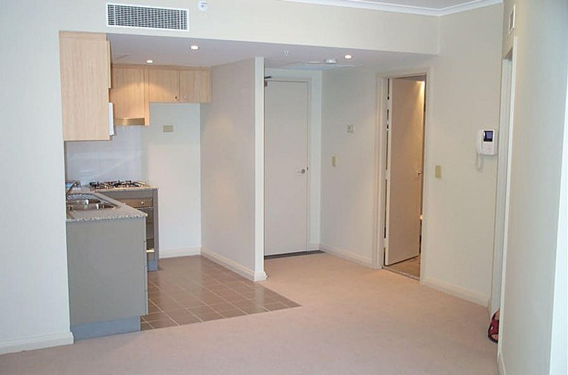 1811/2A Help Street, Chatswood, NSW 2067