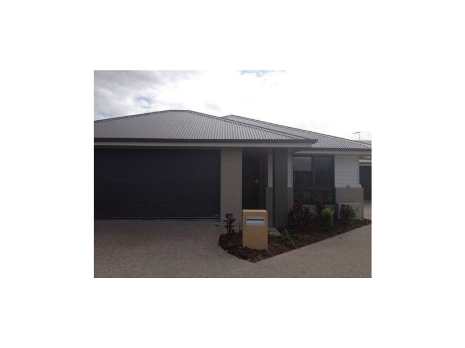 12 Halifax Place, Rural View, QLD 4740