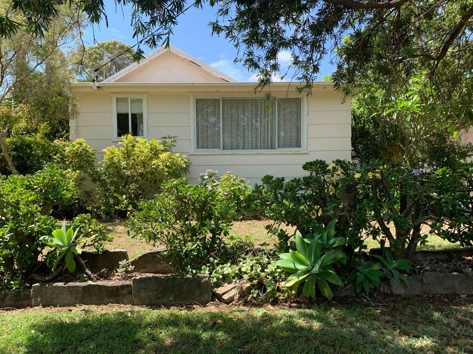 5 Burrawang Street, Ettalong Beach, NSW 2257