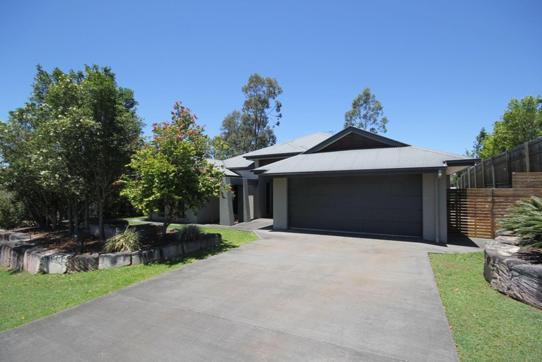 31 Scoparia Drive, Brookwater, QLD 4300