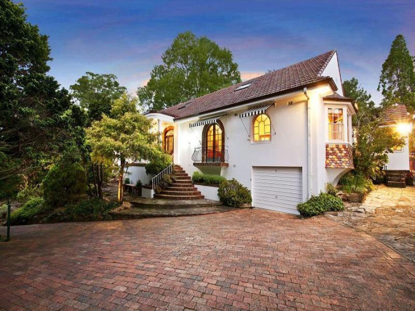 8A Day Road, Cheltenham, NSW 2119