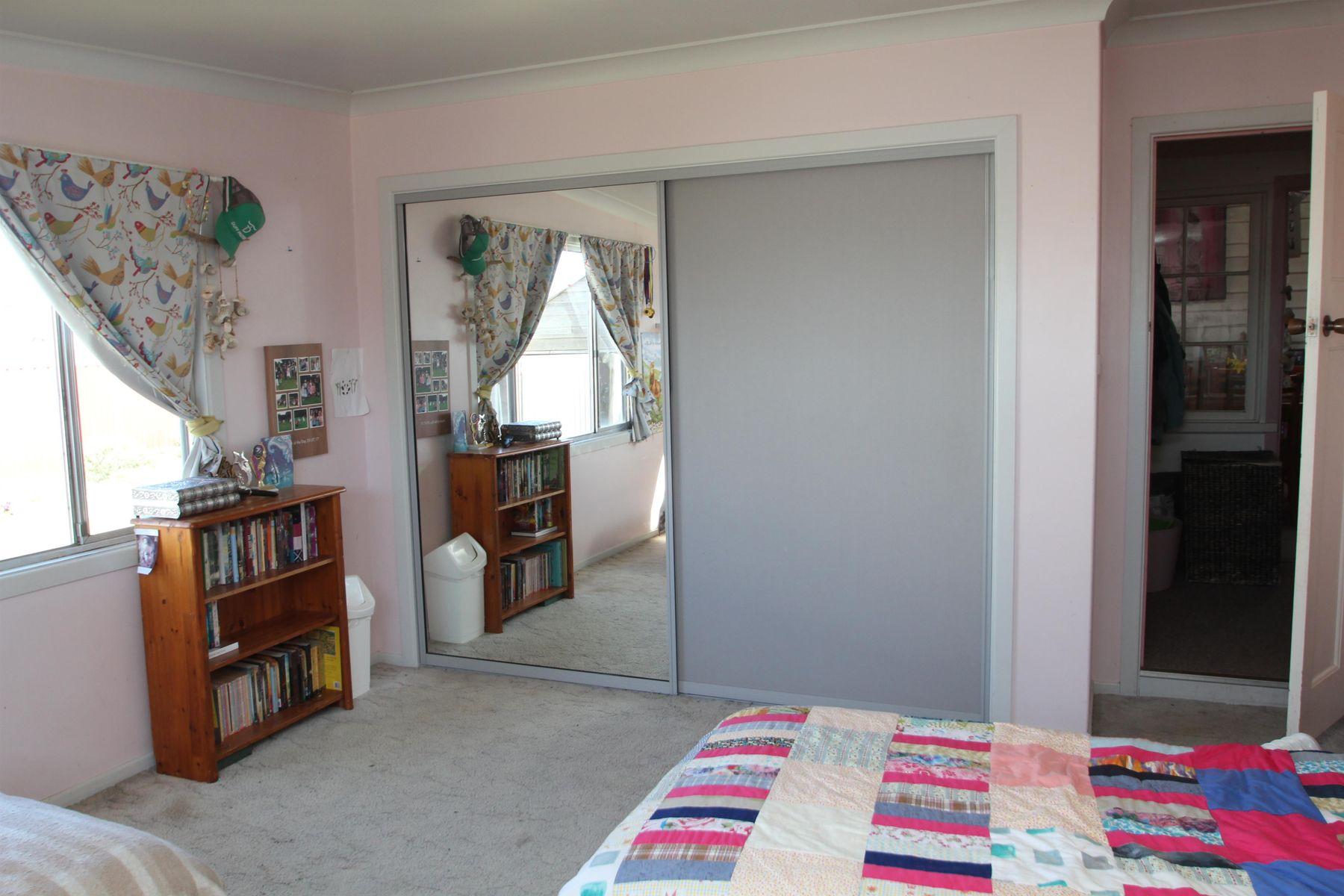 160 Cowper Street, Tenterfield, NSW 2372