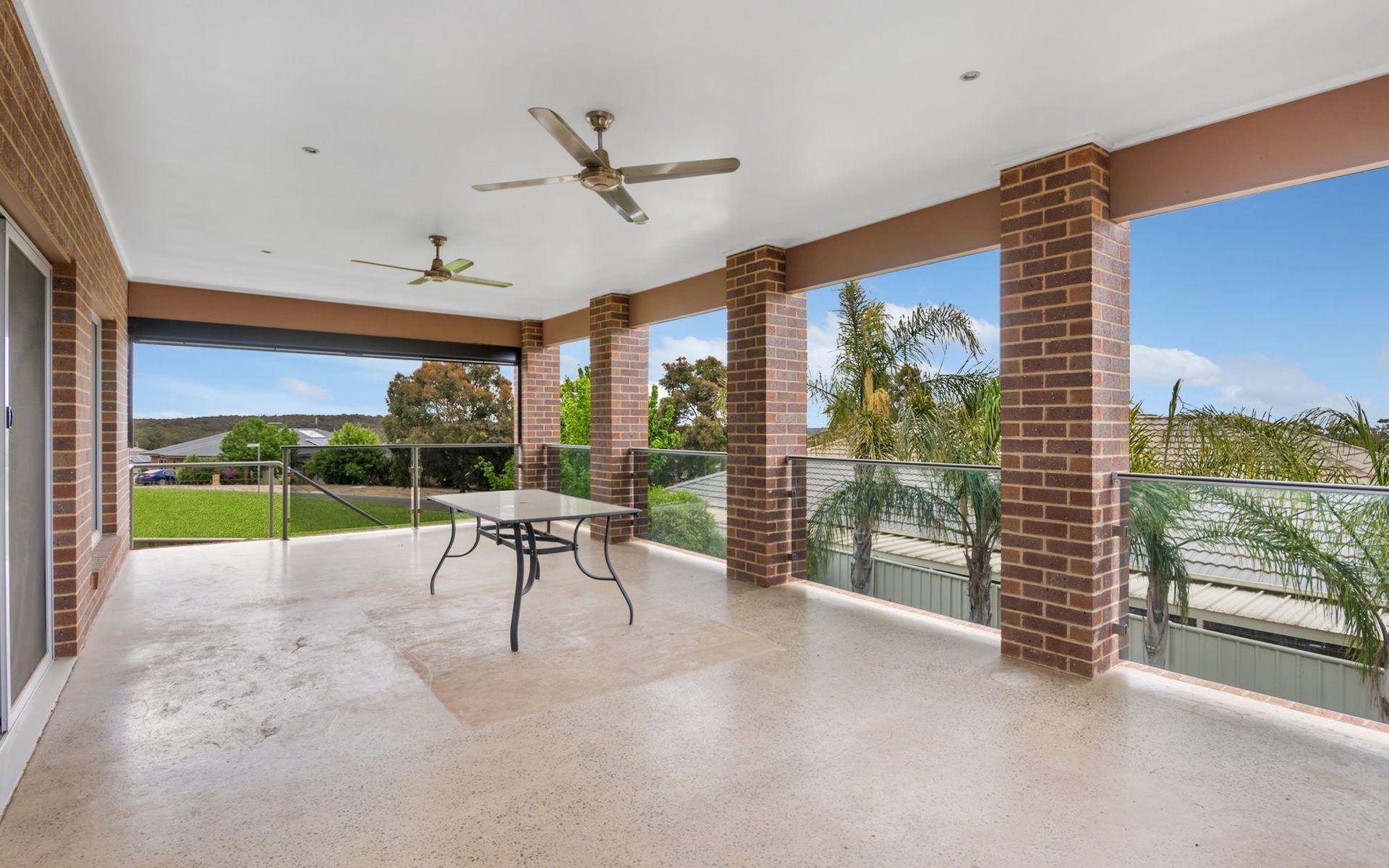 2 Arilpa Court, Kangaroo Flat, VIC 3555