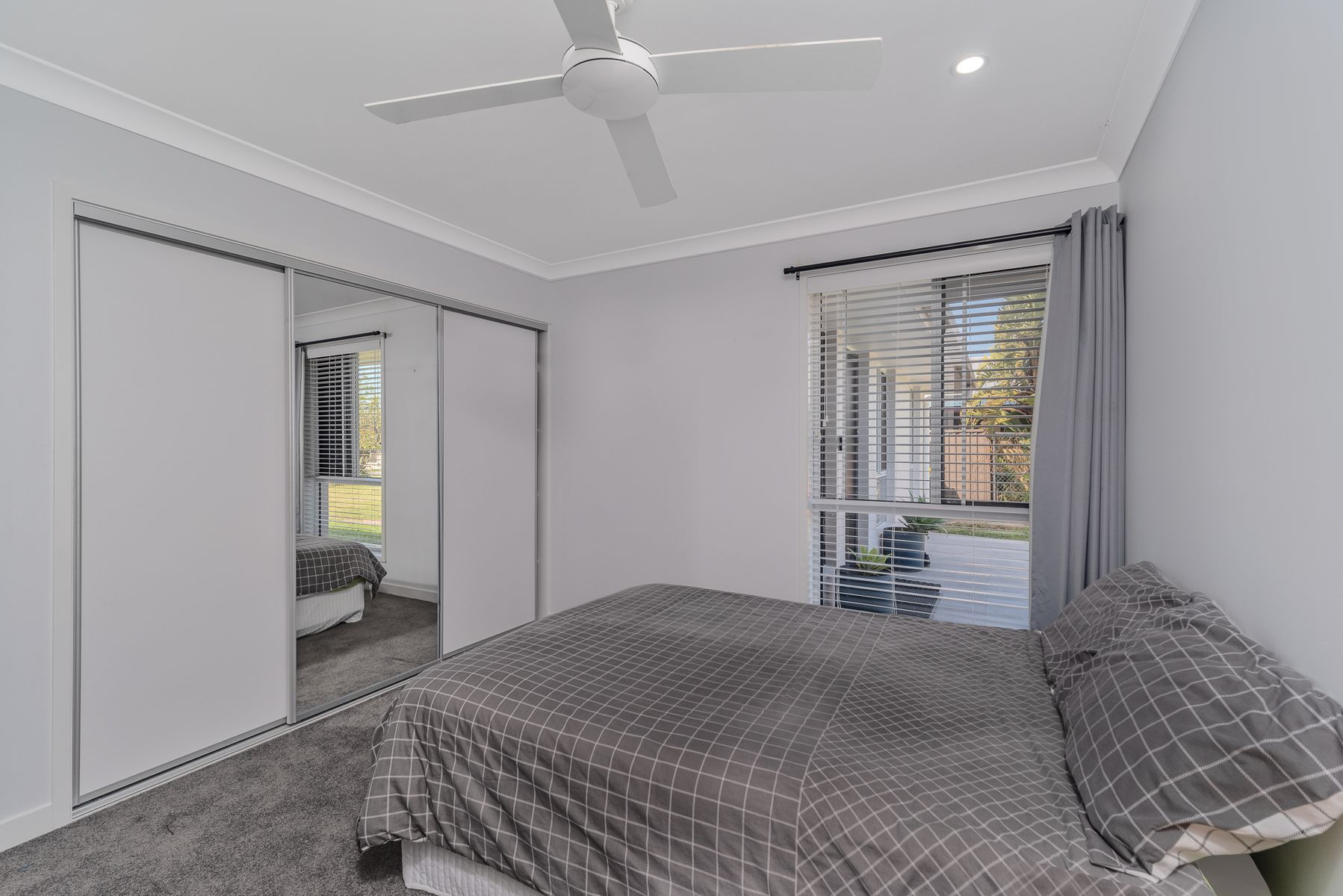 10 Cadell Drive, Helensvale, QLD 4212