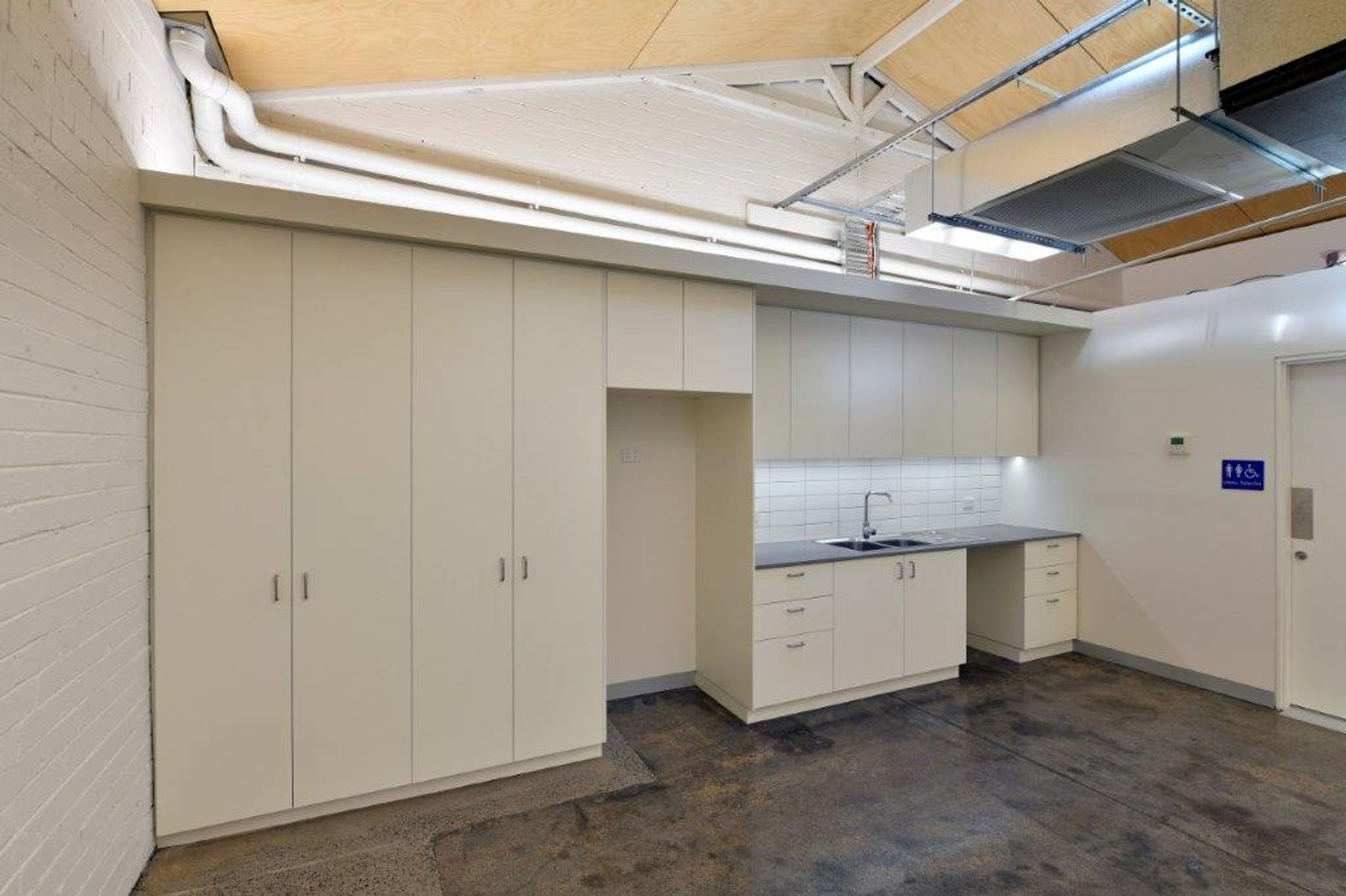 35 Dover St Cremorne (16) rs 3x2