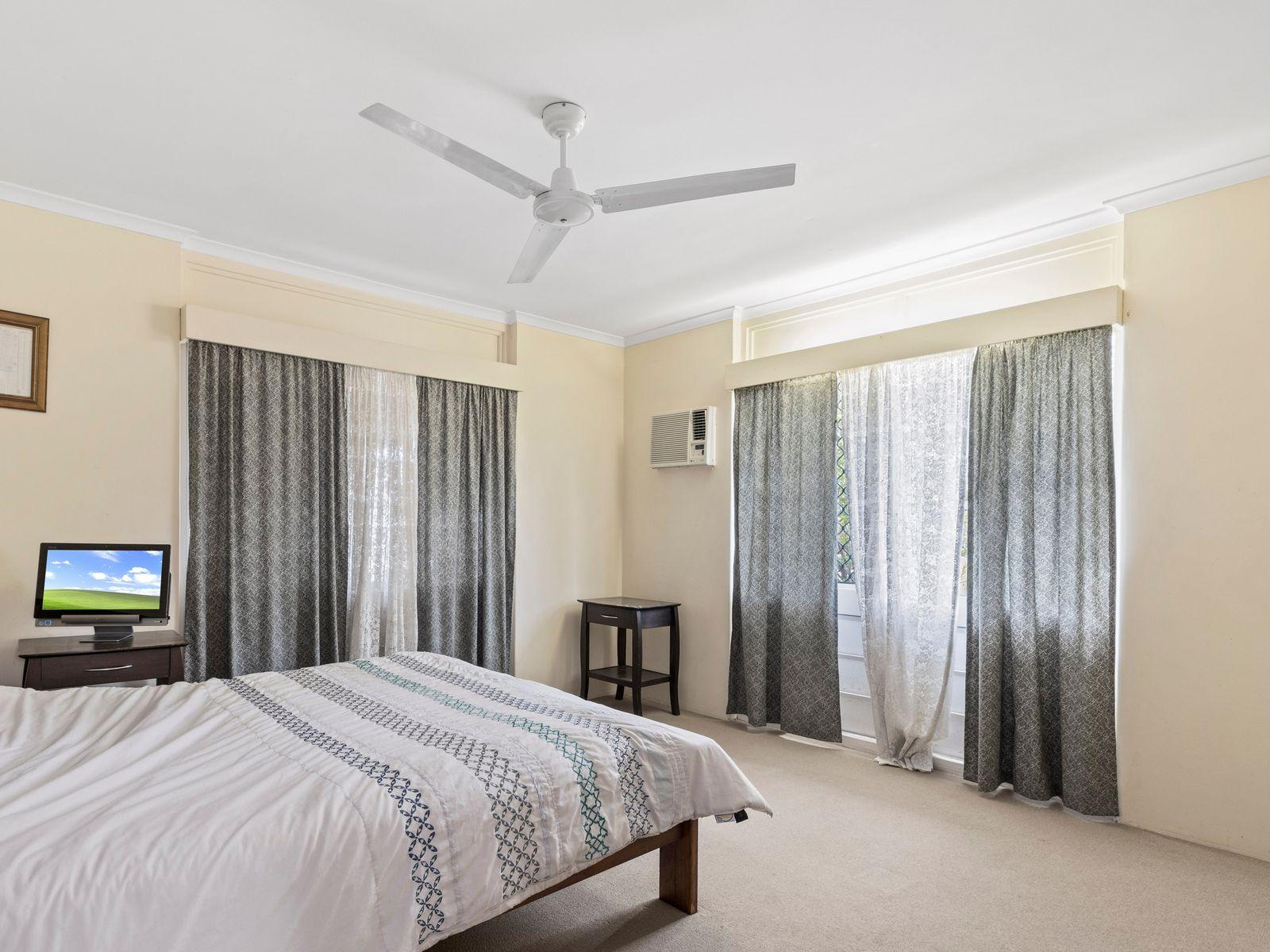 161-163 McManus Street, Whitfield, QLD 4870