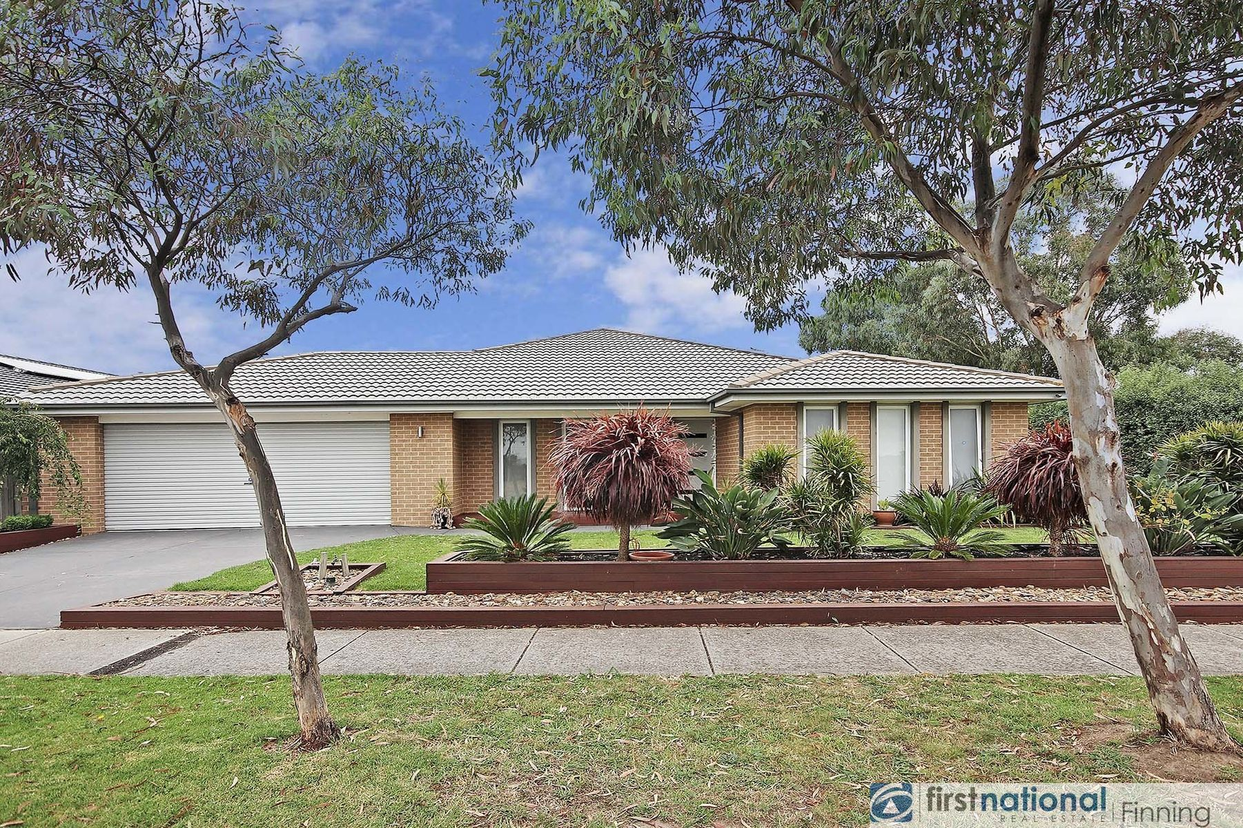 33 Donohue Street, Cranbourne East, VIC 3977