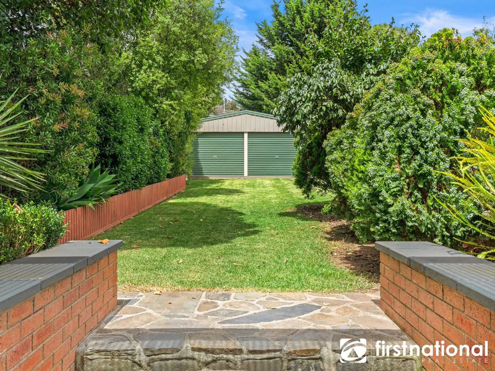 1  Hair Court, Beaconsfield, VIC 3807