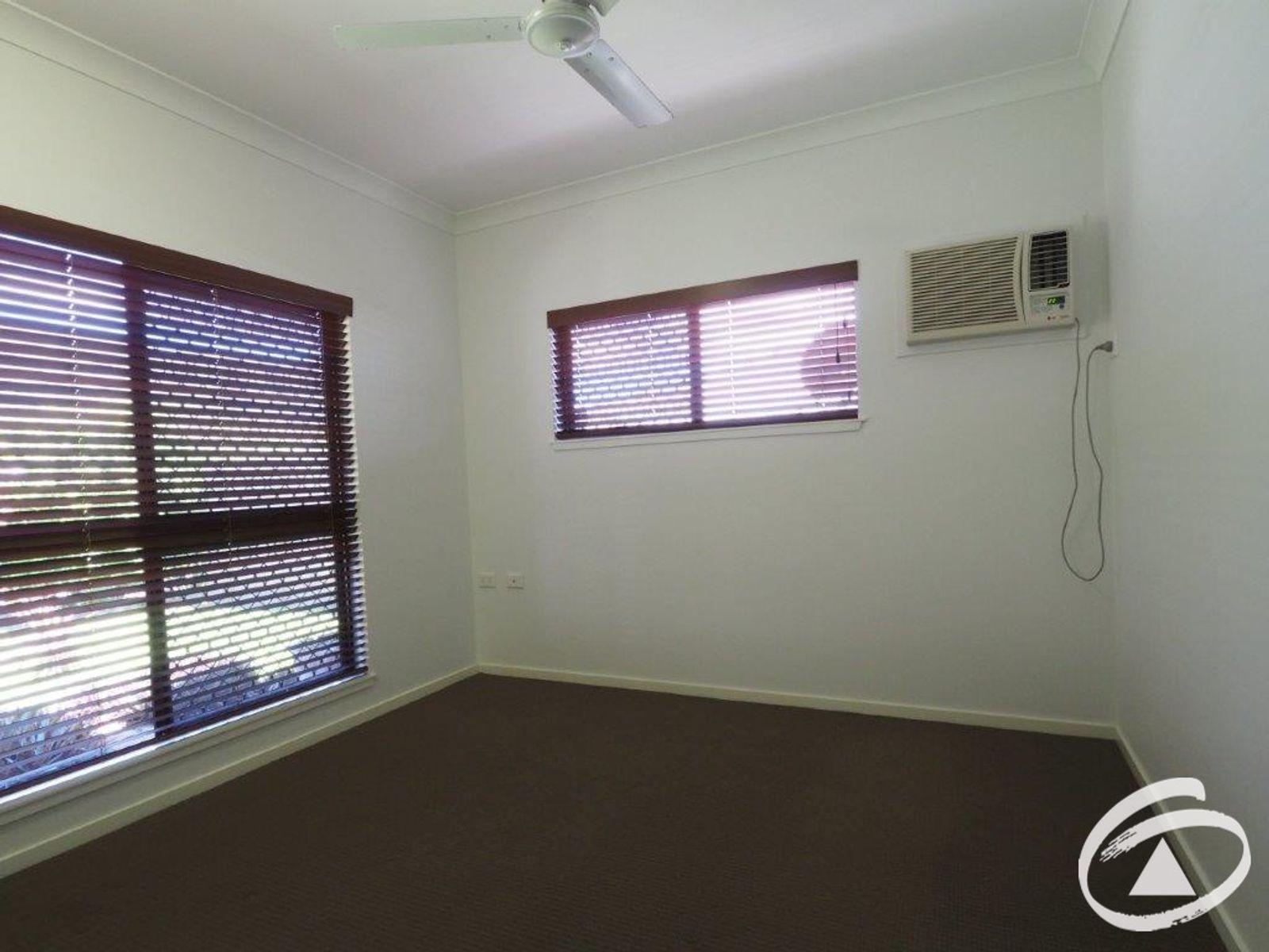 17 Conway Close, Bentley Park, QLD 4869
