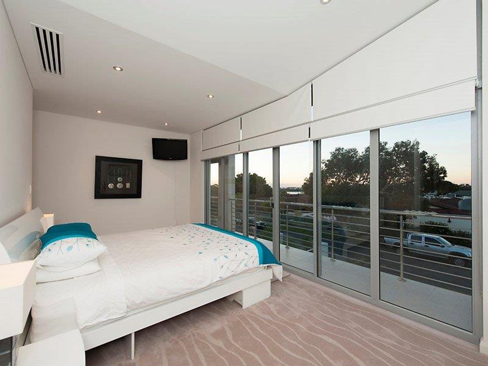 18 Wolsely Road, East Fremantle, WA 6158