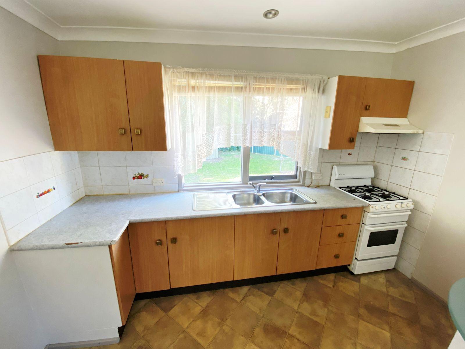 17B Vineyard Avenue, Smithfield, NSW 2164