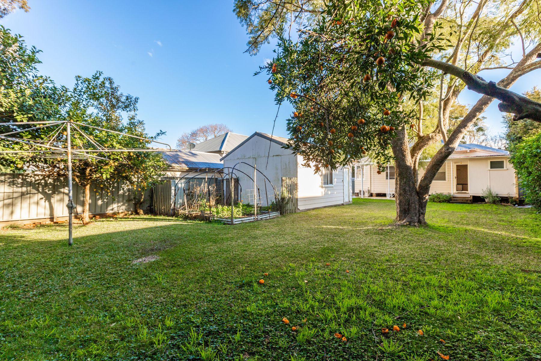 9 Nichols Street, Lorn, NSW 2320