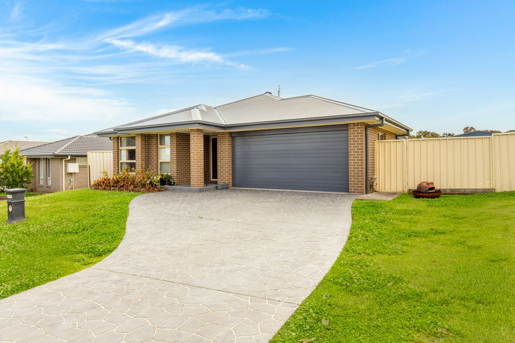 13 Sapphire Drive, Rutherford, NSW 2320