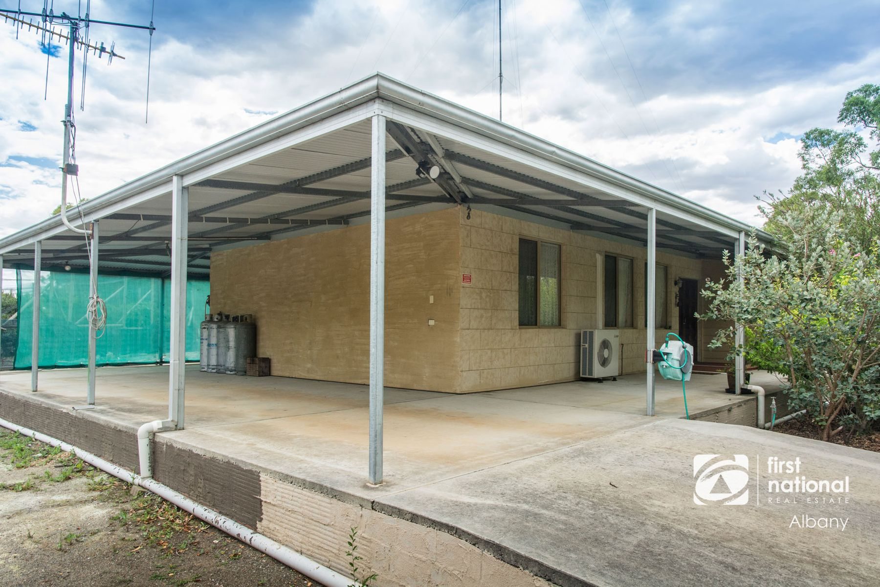 9 Hassell Avenue, Kendenup, WA 6323