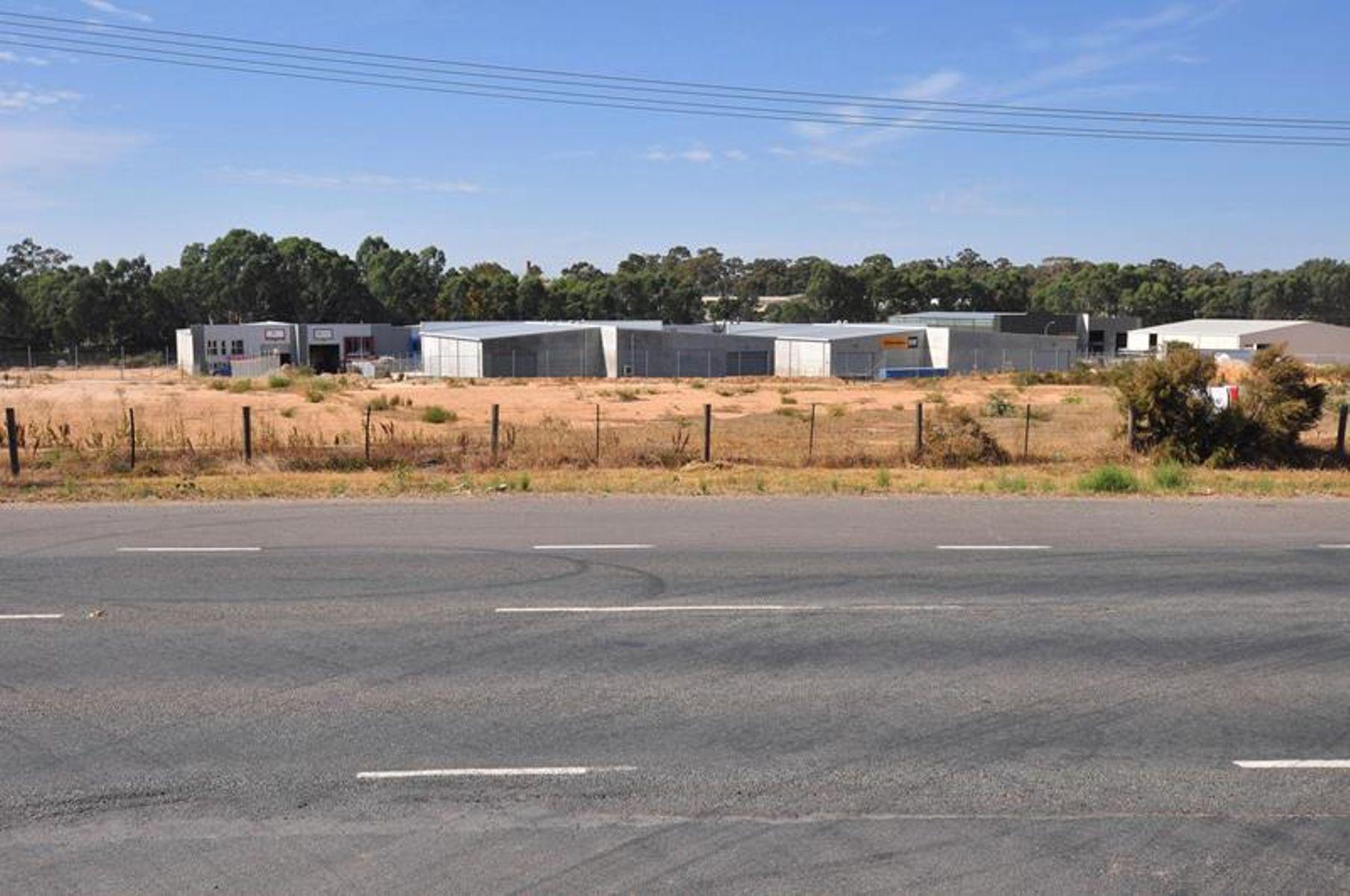 8-9 Rohs Road, East Bendigo, VIC 3550