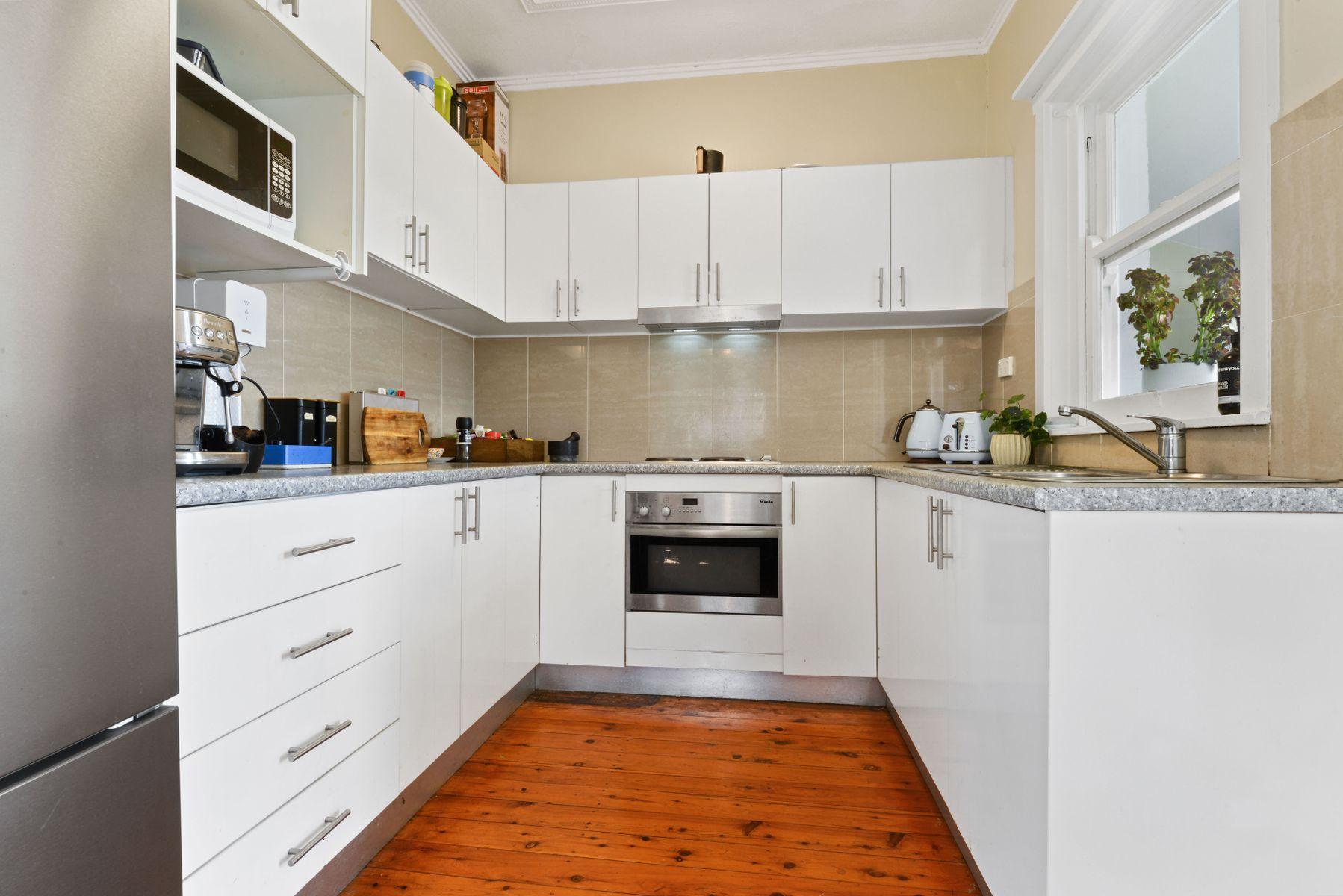 7 Frost St, Earlwood, NSW 2206