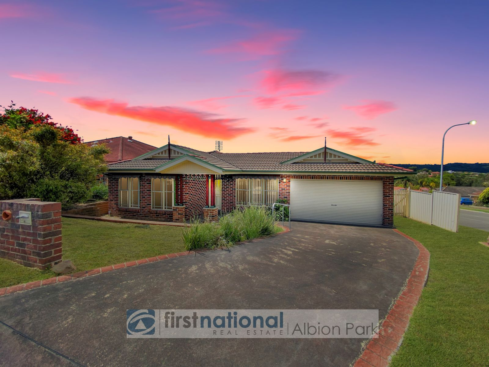 55 Daintree Drive, Albion Park, NSW 2527