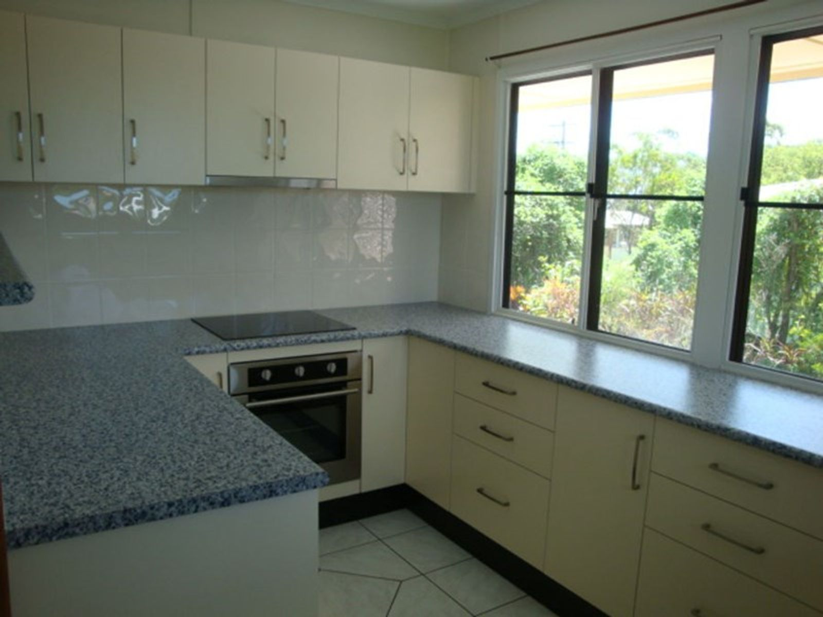 6 Bell Street, Sarina, QLD 4737