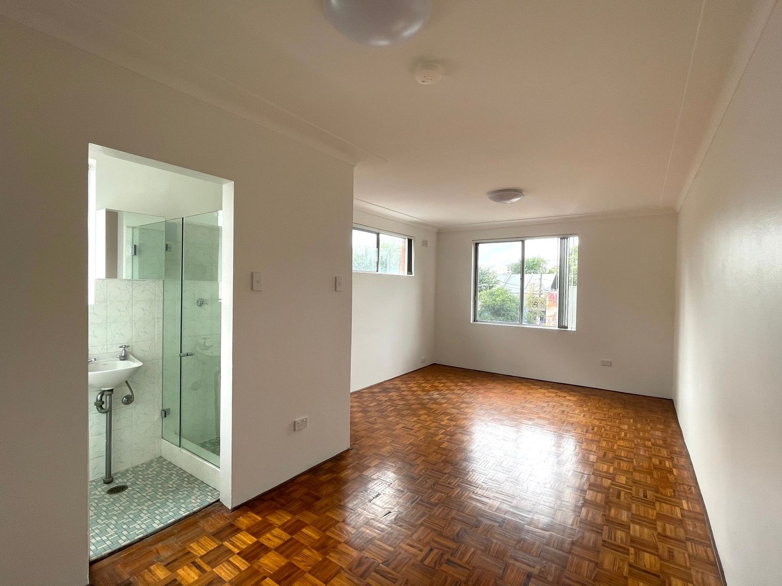 8/18 John Street, Newtown, NSW 2042