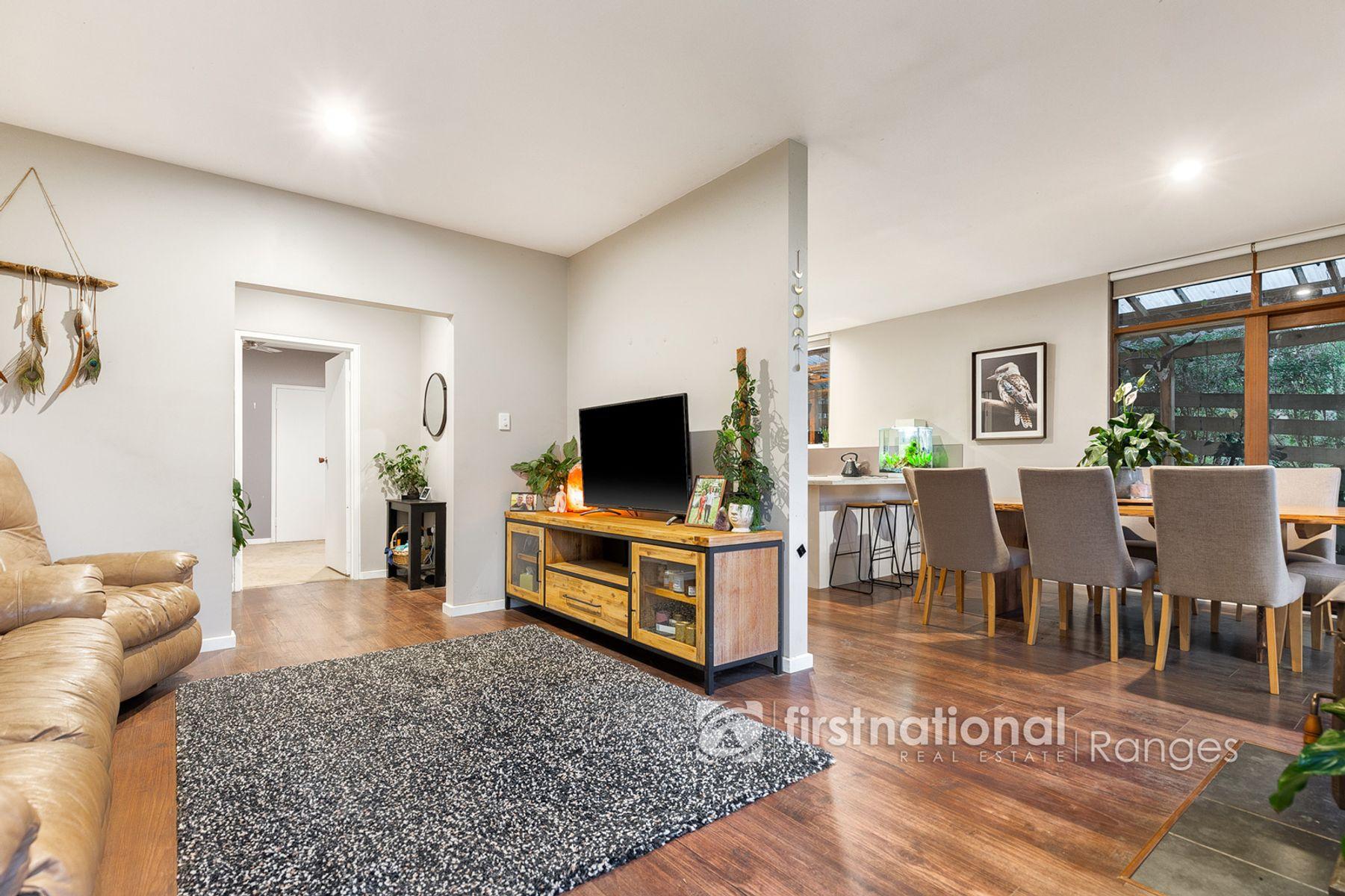 11 Springs Street, Cockatoo, VIC 3781